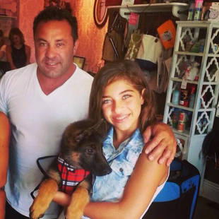 Teresa Giudice Welcomes New Addition to Her Family (PHOTO)