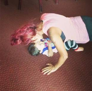 Snooki Does Push-Ups on Top of Baby Lorenzo! Cute or Unsafe? (PHOTO)