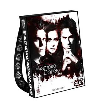 Vampire Diaries Comic-Con 2013 Bags Come With a Cape