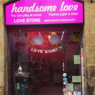 Chris Harrison Hits Up a Sex Shop in Barcelona, Naturally