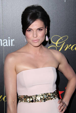 Once Upon a Time Spoilers: Lana Parrilla Tweets First Look at Season 3 Set! (PHOTO)