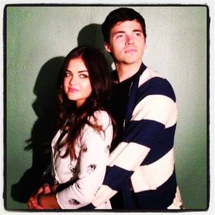 Pretty Little Liars Season 4, Episode 7: Aria Is at Ezra's Door, and It's…