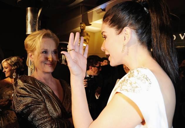 "Meryl Streep's Note to Oscar Rival Sandra Bullock: ""Die, Bitch"" (VIDEO)"