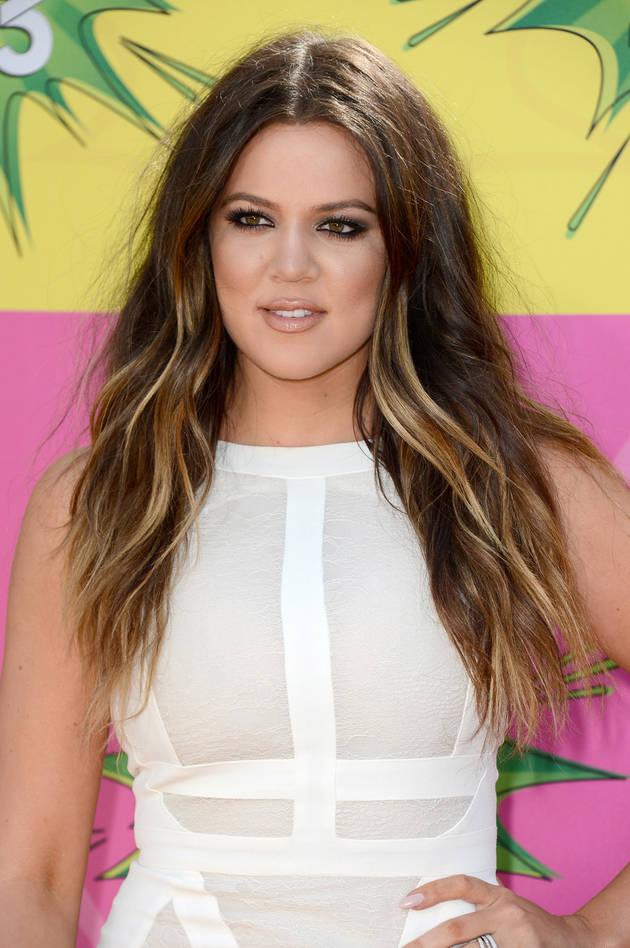 "Khloe Kardashian Takes a Fashion Cue From ""Family Feud"""