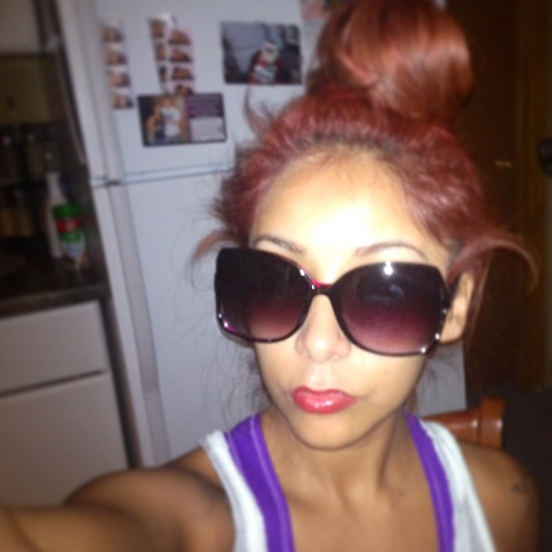 Snooki Goes Makeup-Free and Shows Some Skin in Sexy Selfie (PHOTO)
