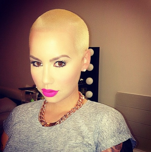 Amber Rose Put WHAT on Her Head?!