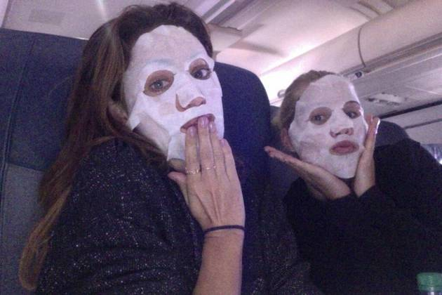 The Originals' Phoebe Tonkin and Claire Holt Wear Beauty Masks on a Plane