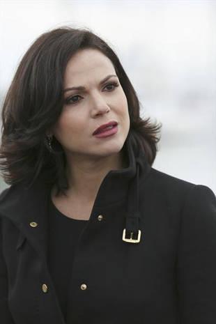 Once Upon a Time Season 3 Spoiler: A Regina and Robin Hood Affair?