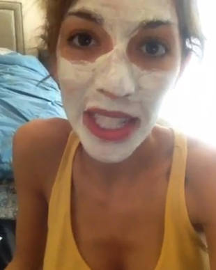 Farrah Abraham Holds Sophia's Pacifier Hostage While Wearing a Face Mask (VIDEO)