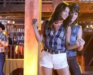 "Pretty Little Liars Recap: Season 4, Episode 11 — ""Bring Down the Hoe"""
