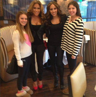 Jacqueline Laurita Goes Under the Knife, Caroline Manzo Breaks Down, and More! (VIDEO)