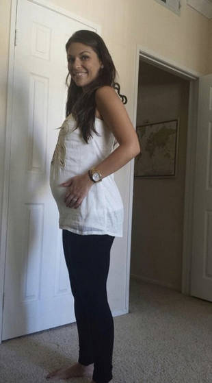 DeAnna Pappas Stagliano Pregnant With First Child —See Her Baby Bump!