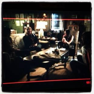 "Pretty Little Liars Spoilers: Liars Are ""Stranded"" in Season 4, Episode 15!"