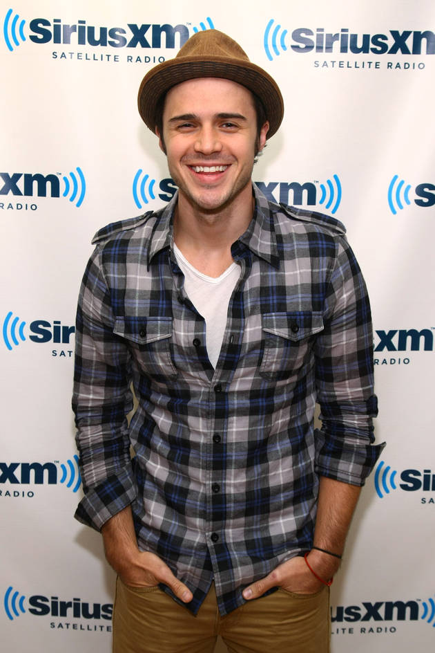 Kris Allen Shares Picture of Baby Oliver