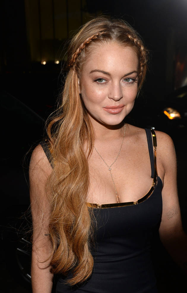 "Lindsay Lohan to Hire Live-In ""Sober Coach"": Report"