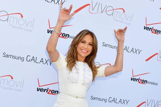 "Jennifer Lopez ""Very Close"" to American Idol Return?"