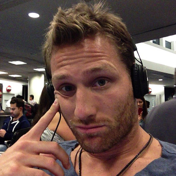 Juan Pablo Galavis Starts a Feud With WHOM?! Why?