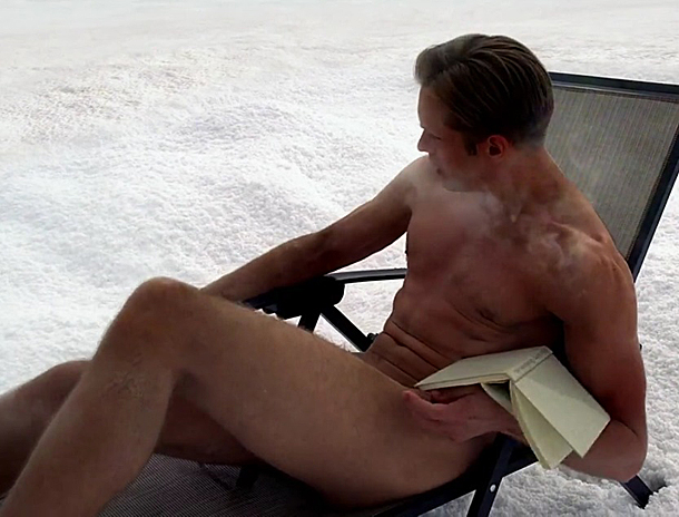 Alexander Skarsgard Goes Full-Frontal on True Blood Season 6 Finale — See Eric Naked! (PHOTOS)