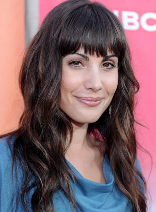 """The Tomorrow People Casting: Popular's Carly Pope Is a """"Pawn in Shadow War"""""""
