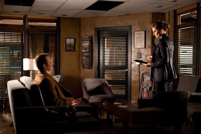 Castle Season 6 Spoiler: Will Kate Beckett's Nemesis, Senator Bracken, Return?