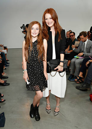 Julianne Moore's Daughter Liv Looks Just Like Her Mom at Fashion Week! (PHOTO)