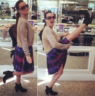 Kyle Richards Shows Off Her Amazing Legs (PHOTO)