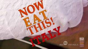 Learn to Make Linguine With White Clam Sauce With Rocco DiSpirito (VIDEO)