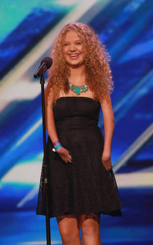 X Factor 2013 Contestant Rion Paige: Why Are Her Hands Malformed?