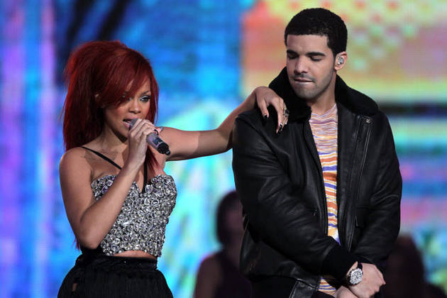 Rihanna and Drake Spotted Kissing on Date Night — Are They Back Together?