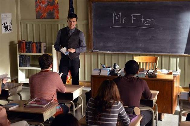 "Ezra Is ""A"" on Pretty Little Liars: Crazy Fan Theories"
