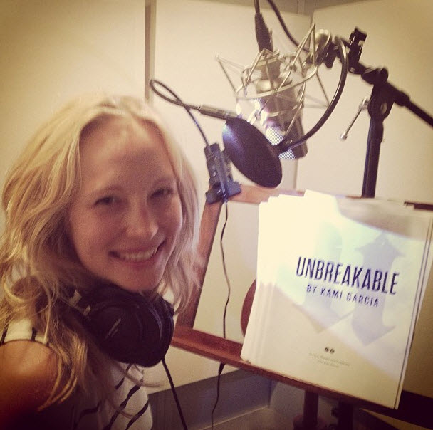 Candice Accola Stuns in Makeup-Free Instagram Photo!