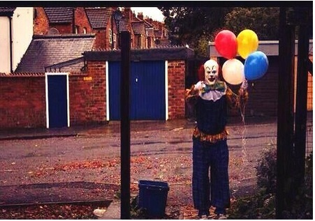Scary Clown Terrorizes U.K.'s Northampton Neighborhood