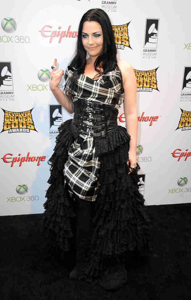 Evanescence Singer Amy Lee Pregnant With Her First Child