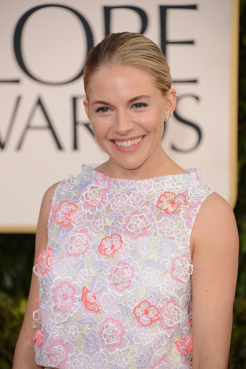 """Sienna Miller Dishes On Her Early Days in Hollywood: """"I Burnt A Lot of Bridges"""""""
