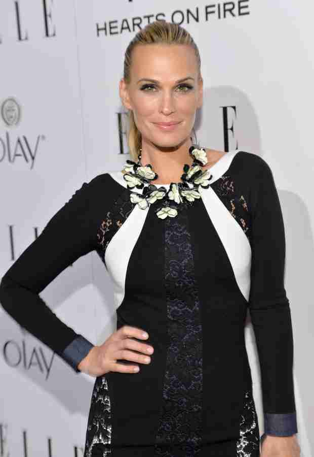 "Molly Sims: My Thyroid Condition Made Losing Baby Weight ""Hard Work"""