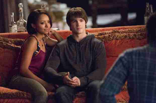 The Vampire Diaries Burning Question: Will Elena Tell Jeremy About Their Family's Past?