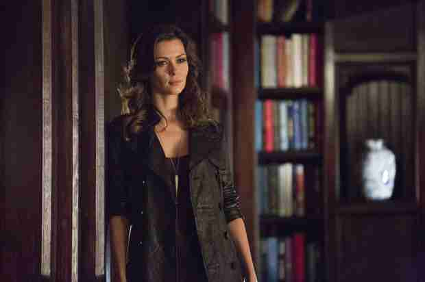 The Vampire Diaries 100th Episode Spoiler Roundup — Will Katherine Die?