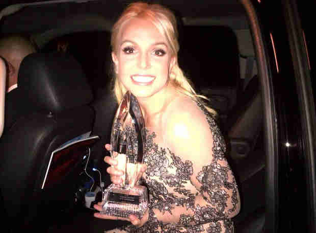 Britney Spears Beats Out Ex Justin Timberlake for First People's Choice Awards!