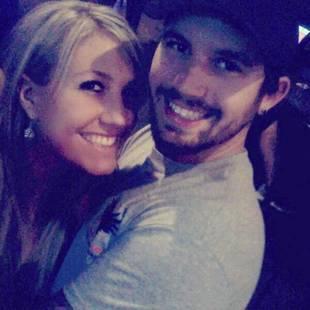 Adam Lind's Baby Mama Taylor Halbur Subtweets Chelsea Houska
