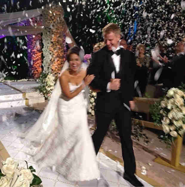 "Catherine Giudici Shares Adorable Wedding Photo: ""I'm a Lowe!"""