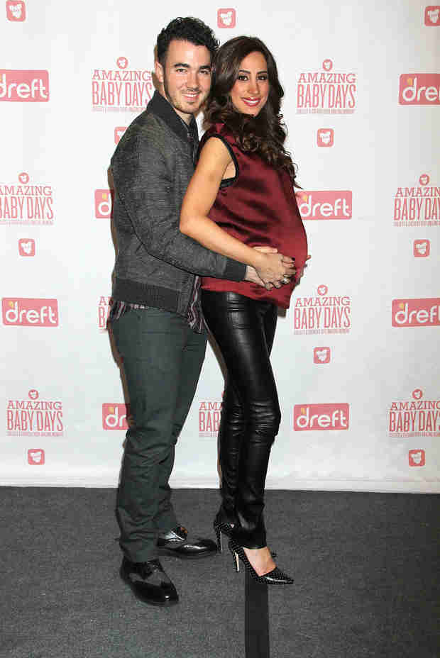 Kevin and Danielle Jonas Talk Getting Ready for Their Baby Girl! – Exclusive