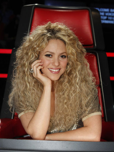 "Shakira: ""Had To Develop A Tough Hide"" Working with Adam, Blake, and Usher"