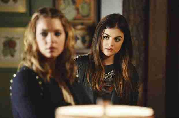Pretty Little Liars Season 4B Premiere Spoilers: 9 Things We Learn From the Sneak Peeks