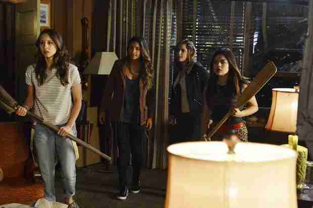 Pretty Little Liars Season 4, Episode 15 Spoilers: 8 Things We Learn From the Canadian Promo