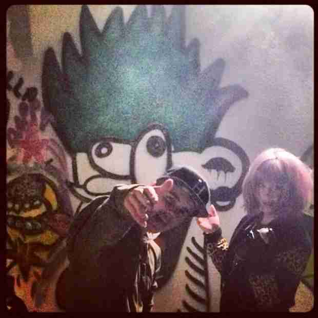 Justin Bieber and Kelly Osbourne Do Graffiti Together — See The Photos Here!