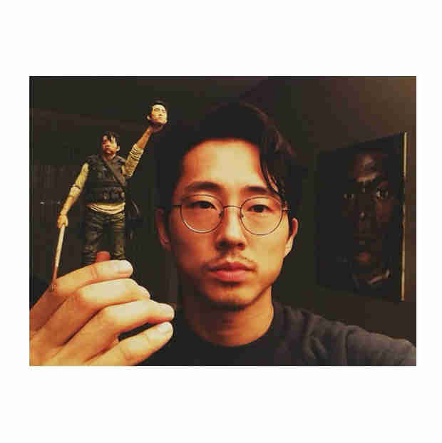 The Walking Dead's Steven Yeun Signs With New Reps