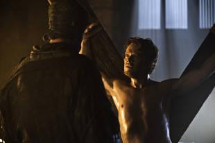 "Game of Thrones Season 4 Spoilers: Alfie Allen on ""Interesting Moments"" (VIDEO)"