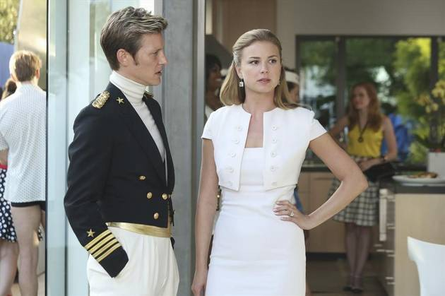 5 Reasons You Should Start Watching Revenge Again