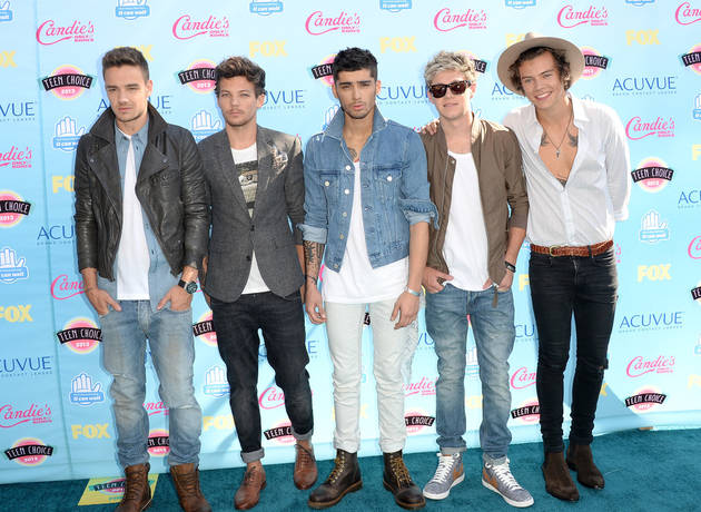 """One Direction Star Criticized for Duck Dynasty Tweet — Slams Haters as """"Bastards"""""""