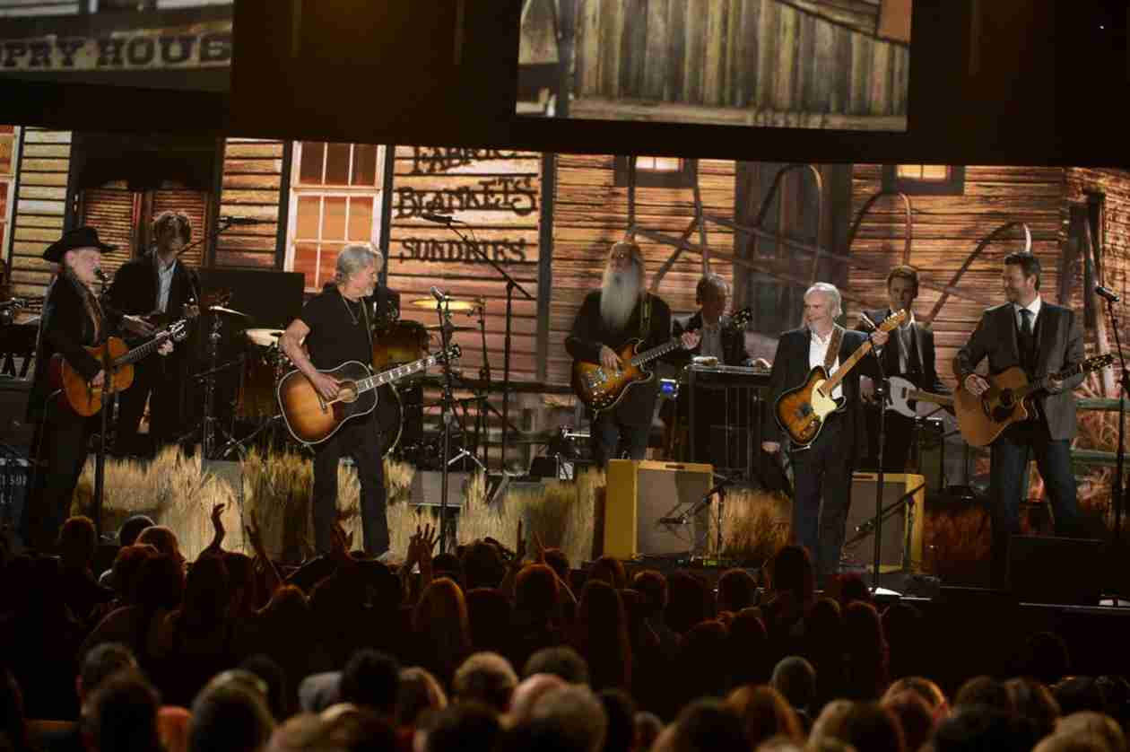 """Blake Shelton """"Still on a High"""" From Grammy Performance With Willie Nelson"""
